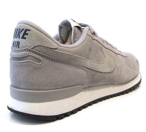 Sepatu Sneakers Nike Vortex Og Grey Black White nike air vortex ltr grey white sneakernews