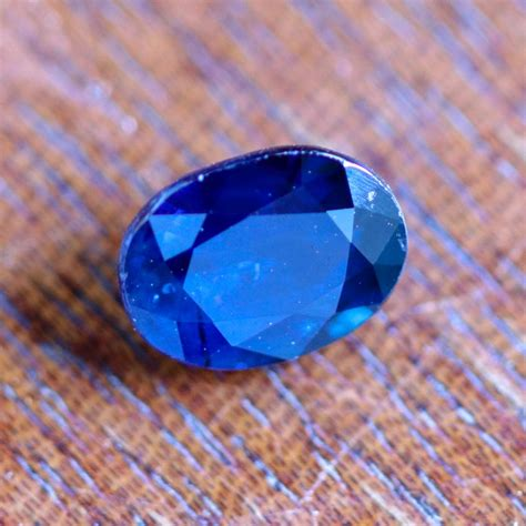 Blue Sapphire Madagascar Africa 3 1 70 cts certified unheated blue sapphire madagascar 27111712 sa