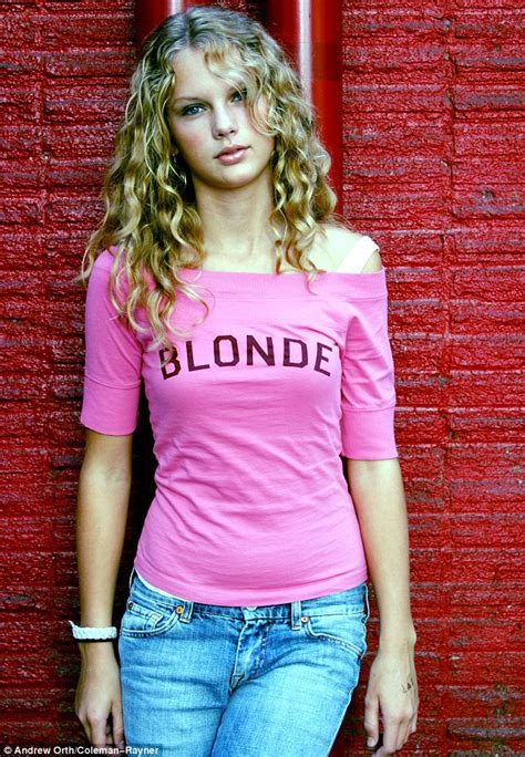 taylor swift early country taylor swift s child modelling days revealed as family