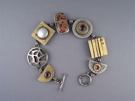 JOHN WISE CONTEMPORY JEWELRY
