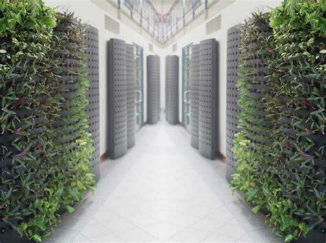 podplants aeroponic system consumes