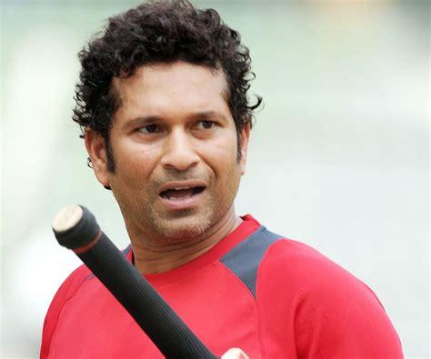 sachin tendulkar biography in english online essay my favourite sports person sachin tendulkar