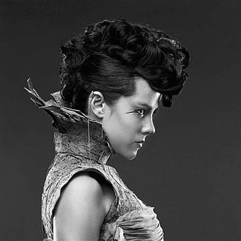 haircut hunger games hair interview with linda flowers from hunger games