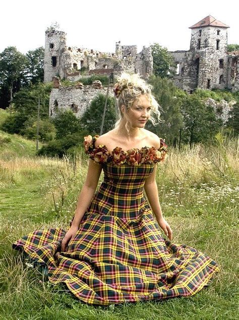 25  best ideas about Tartan Dress on Pinterest   Plaid