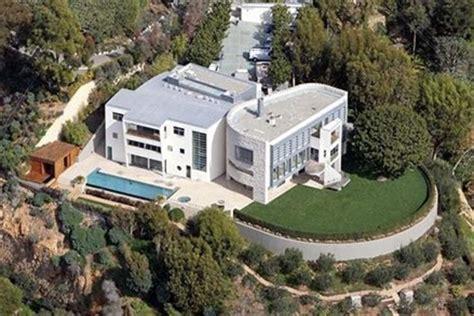 tom hanks haus tom hanks and wilson s 26 million dollar home