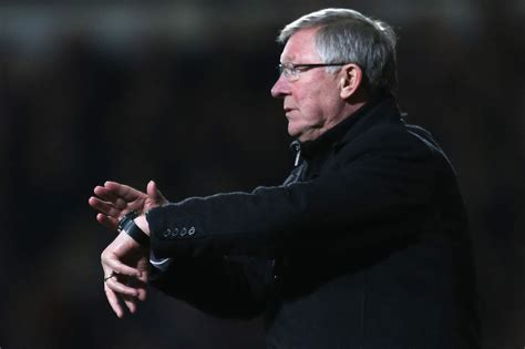 alex ferguson explains how he used fergie time 13 photos of alex ferguson moaning about the time talksport