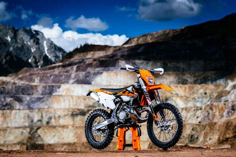 Ktm 300 Fuel Ratio Review 2018 Ktm 300 Exc Tpi Motoonline Au