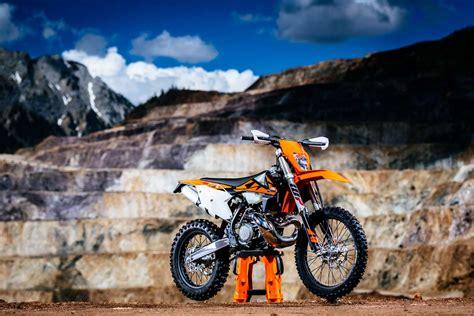 Ktm 300 Exc Horsepower Review 2018 Ktm 300 Exc Tpi Motoonline Au