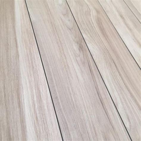 piastrella effetto legno piastrella in gres effetto legno prezzo occasione
