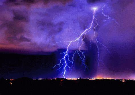 imagenes en movimiento de tormentas diferencia entre trueno rayo y rel 225 mpago