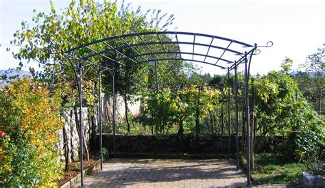 My Landscaping Collection Garden Pergolas Uk Metal Garden Arches And Pergolas