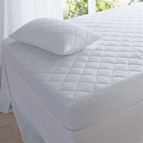 best comforter material 100 best bedding material best mattress protectors reviews