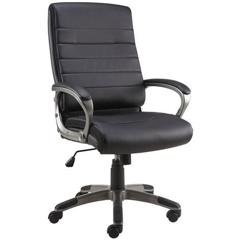 staples bradley executive chair staples tiago executive chair black staples 174