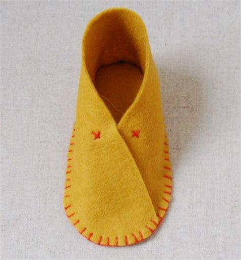 diy felt baby shoes the cutest diy felt baby shoes kidsomania