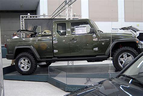 jeep gladiator 4 door jeep gladiator 4 door pickup truck coming in 2013 autos post
