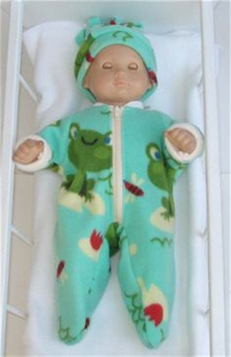 Piyama Carters Yellow Frog Pajamas preemie size jammies by carters they work great on aubries bitty baby american