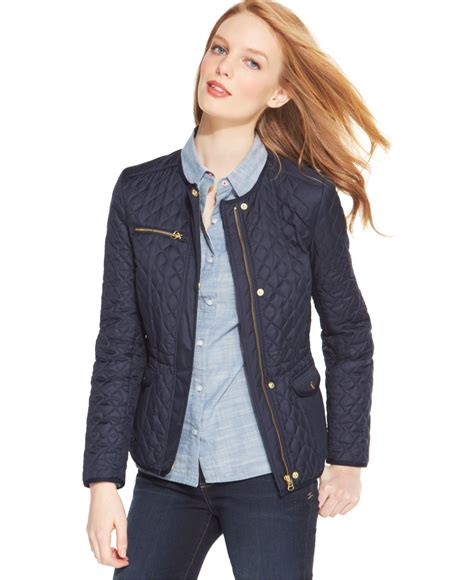 hilfiger quilted collarless barn jacket in blue lyst