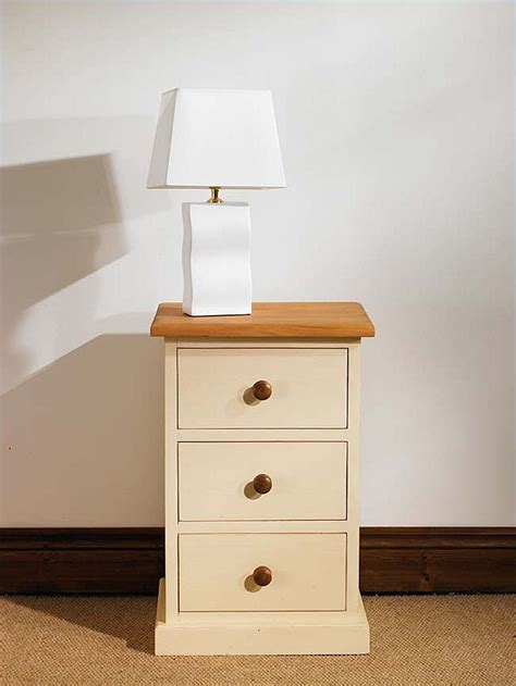 3 Drawer Bedside Cabinets by Mottisfont Painted 3 Drawer Bedside Cabinet Oak