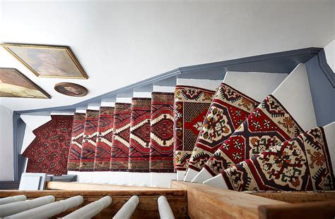 Killim Rugs A Gorgeous Vintage Runners Diy Idea For Your Stairs
