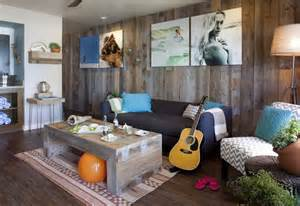 California style beach bungalow with driftwood coffee table and cool