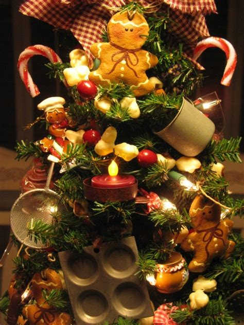 kitchen christmas tree ideas 1009 best gingerbread men images on pinterest christmas