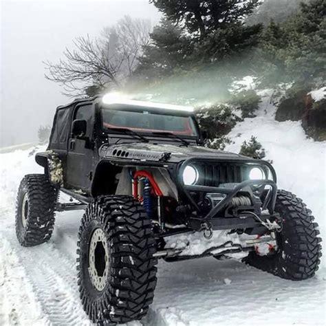 road jeeps best 25 jeep wrangler road ideas on