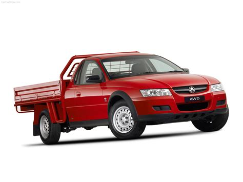 holden vz one tonner holden vz one tonner photos photogallery with 10 pics