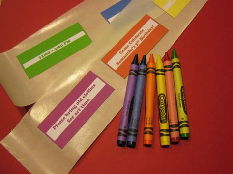 crayon labels template crayola crayon invitations chica and jo