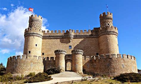 castillos y fortalezas de destinos con historia castillos y fortalezas que no te puedes perder