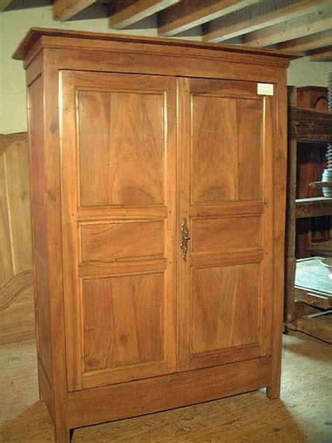 armoire ancienne en noyer armoire ancienne directoire en noyer antiquites brocante