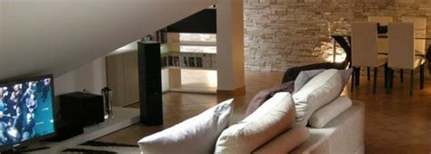 come arredare una mansarda in legno come trasformare una soffitta in mansarda edilnet