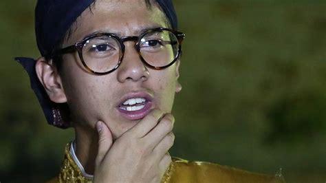 berkumis  penampilan iqbaal ramadhan  film