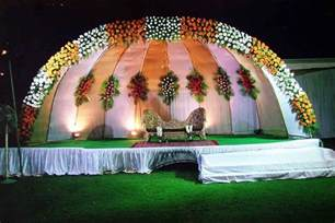 indian wedding stage decoration with flowers flower decorations wedding stage