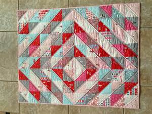 half square triangle quilt quilting