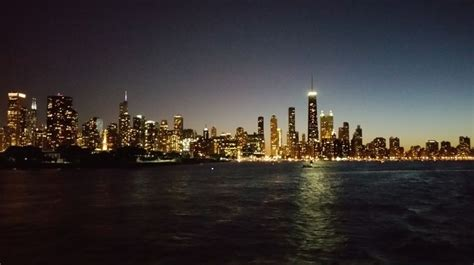 chicago boat rental bachelorette party 18 best chicago party yacht rental images on pinterest