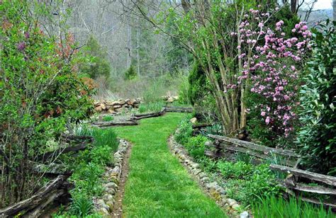wayah creek cottages and gardens