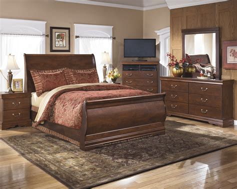 bedroom furniture wilmington nc wilmington 6 piece queen sleigh bedroom set by ashley