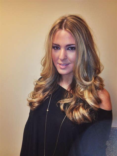 how to do off center hair long blonde hair haircolor balayage highlights