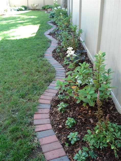 Brick Garden Edging Ideas 17 Best Ideas About Brick Edging On Pinterest Brick Pathway Garden Edging And Flower Bed Edging