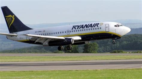 low cost flights blog 187 london the city of a thousand colours ryanair to increase flights between edinburgh and malta