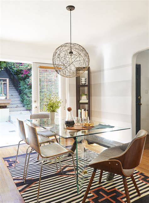 small dining rooms       limited space