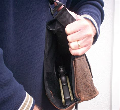 concealed carry crossbreed holsters concealed carry shoulder bag armsvault