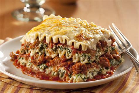 classico  sauce lasagna  food  family