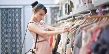 how to save a packet when shopping for clothes buyer