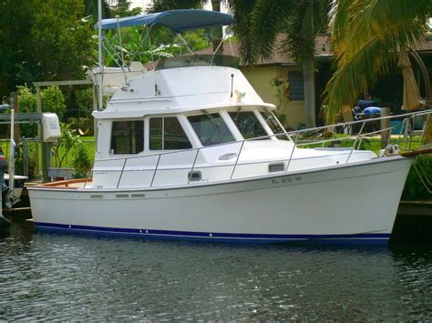 cape dory lobster boat 1990 cape dory 30 flybridge power new and used boats for sale