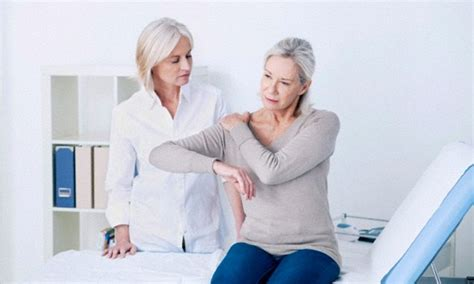 Arthritis Patients Are Taking Too Many Painkillers