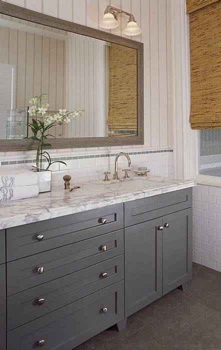 Small Bathroom Design With Grey Cabinetry