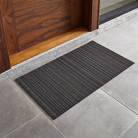 Doormat Reviews by Chilewich Steel 20 Quot X36 Quot Doormat Reviews Crate And Barrel