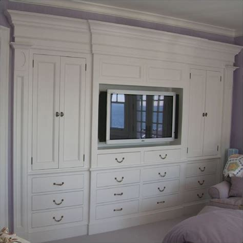 cabinet in bedroom 25 best ideas about bedroom built ins on pinterest
