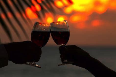 Idee Romantiche Per Una Serata by 5 Idee Romantiche Per Trascorrere Una Serata